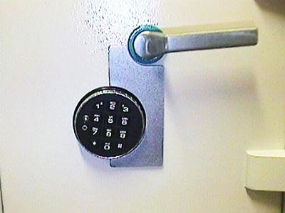 Setup toolbox blog - Advantages disadvantages electronic locks ...